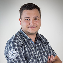 Maksim Tomov Account Manager